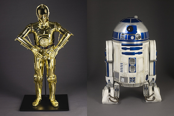 《C-3PO》と《R2-D2》/STAR WARS and related properties are trademarks and/or copyrights, in the United States and other countries, of Lucasfilm Ltd. and/or its affiliates. (C) & TM Lucasfilm Ltd.